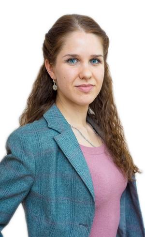 Полина Лягушкина - специалист финансового перевода текстов